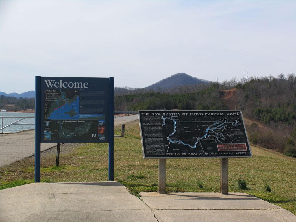 Lake Chatuge Dam In Hayesville Nc